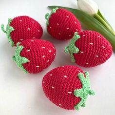 1 Pc Crochet Strawberry/ Teething Toy/ Play food for kids/ Pretend Play/ Crochet Fruit/ Amigurumi - Super cute crochet strawberry toy that can also be used as a teething toy for baby. Kawaii Crochet, Cute Crochet, Hand Crochet, Knit Crochet, Crochet Girls, Knit Cowl, Crochet Strawberry, Crochet Fruit, Crochet Food