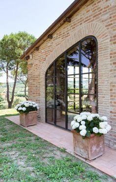 infissi-minimal (8) Gazebo, Pergola, Garden Design, House Design, Barn Renovation, Green Life, Terrazzo, Bed And Breakfast, Exterior Design