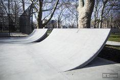 Closer Look: Cooper Skate Park in Brooklyn Landscape Architecture, Landscape Design, Backyard Skatepark, Indoor Dog Park, Skateboard Ramps, Skate Ramp, Orlando, Construction, Playground
