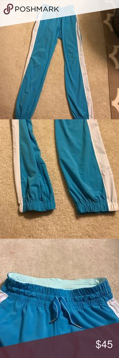 Lululemon Track Pants blue & white joggers size 4 Excellent condition, barely worn! Super lightweight, unlined pants from Lulu. Cuffed hens are super on trend! lululemon athletica Pants