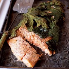 Salmon Fillet Baked in Fig Leaves | Baked Salmon Recipes You'll Love | Homemade Recipes | https://homemaderecipes.com/baked-salmon-recipes/