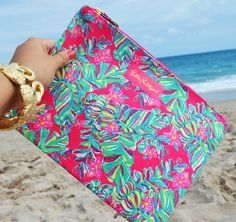Printed Large Pick Me Up Pouch - Lilly Pulitzer