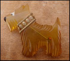 Vintage Carved Butterscotch Gold Bakelite Scottie Dog Pin with Metal Collar