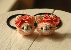 Crochet Case, Crochet Bows, Cute Crochet, Crochet Flowers, Crochet Gloves Pattern, Crochet Diagram, Crochet Patterns, Crochet Hair Accessories, Crochet Hair Styles