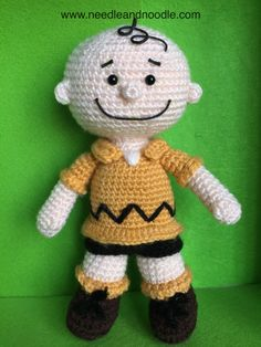 Charlie Brown. Amigurumi free pattern http://www.needleandnoodle.com
