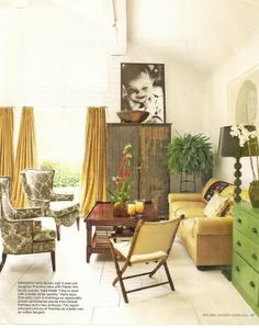 If I could have any living room, this would be it.  LOVE IT and LOVE Katie Brown! VK