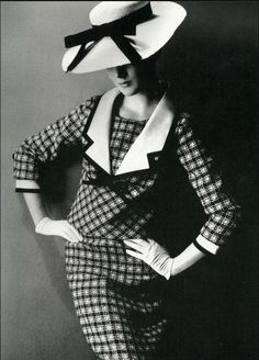 1964 - Yves Saint Laurent suit