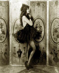 Dolores Costello, Ziegfeld girl, by Alfred Cheney Johnston, ca. 1923 by trialsanderrors, via Flickr
