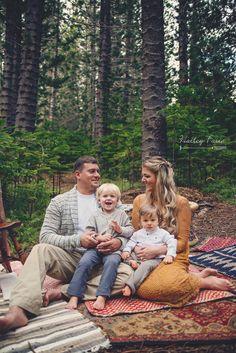 Woodsy Bohemian Family Photoshoot