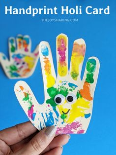Isn't it a cute and easy Holi card for kids? Celebrate the festival of colors by making this handprint card with kids. Holi Greeting Cards, Holi Greetings, Holi Cards, Diy Projects For Kids, Fun Crafts For Kids, Toddler Crafts, Craft Activities For Toddlers, Color Activities, Holi Theme