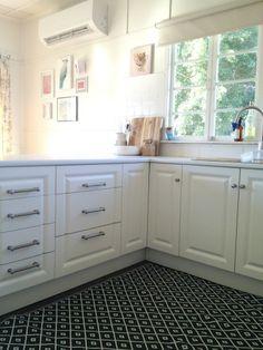 Black And White U0027rugu0027 In The Kitchen. Itu0027s An Outdoor, Plastic,