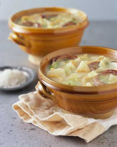 Learn how to make this delicious colcannon chowder recipe, made with red, white, yellow and russet potatoes. Simple, fast and delicious.