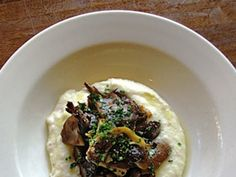 Roasted Mushrooms With Goat Cheese and Grits