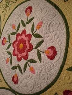 love the quilting..want to be able to do this one day soon