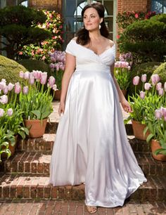 57f09985efa16 In this post we want to tell you about the Igigi plus size wedding dresses.  See photos of Igigi plus size wedding dresses, leave your comments and  share ...