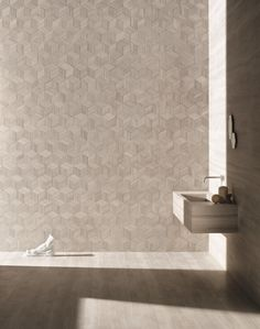 Whilst experimenting with ways to reuse the wasted stone we found ourselves with, we came up with the idea of cutting and placing the offcuts of Bamboo, one of our most popular textures, in non-conventional ways.  The result was Romboo, not only an environmentally-friendly solution but also a stunning new pattern in its own right. Available in Bianco Carrara, Crema d'Orcia, Pietra d'Avola and Silk Georgette®.