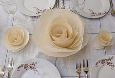 flower paper centerpieces - Buscar con Google