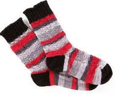 Cheery Checker Socks - http://www.knittingboard.com/