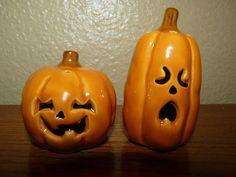 Vintage Enesco Fall Halloween Jack-O-Lantern Pumpkin Salt and Pepper Shakers