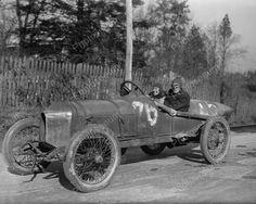 Couple Drives 1915 Antique Race Car 8x10 Reprint Of Old Photo