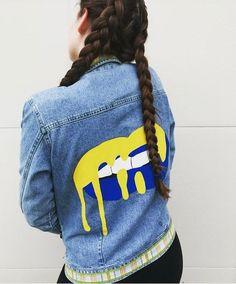 University of Michigan Jeans Jacket Painted Denim Jacket, Painted Jeans, Painted Clothes, Latest Fashion For Girls, Latest Fashion Clothes, Little Girl Outfits, Outfits For Teens, Denim Fashion, Girl Fashion