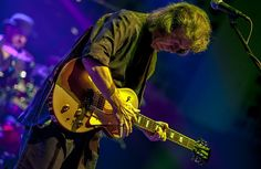 """STEVE HACKETT to Release New Album """"Wolflight"""" on March 30th"""