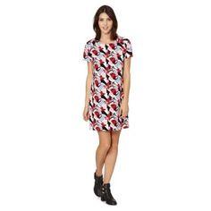 Red Herring Black geo printed dress- at Debenhams. Red Herring, Debenhams, Short Sleeve Dresses, Tunic, Casual, Prints, Geo, Clothes, Black
