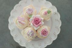 Sugar Cake, Wedding Cupcakes, Cupcake Cakes, Wedding Venues, Desserts, Weddings, Food, Wedding Reception Venues, Postres