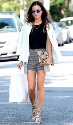 We want Jamie Chung's cool and casual street style