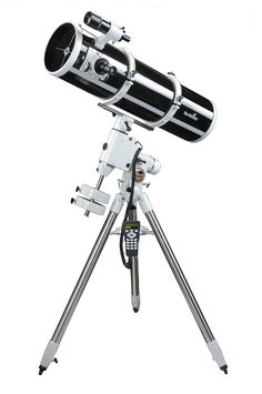 Newtonian Reflectors and Dobsonian Telescopes
