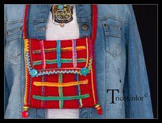 """Sac tricoté main en laine """" L' Ecossais """" : Sacs bandoulière par tricotcolor"""