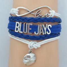 I totally love this bracelet I NEED this! Baseball Bracelet, Baseball Mom Shirts, Spirit Wear, Mlb Teams, Toronto Blue Jays, Creativity And Innovation, Special Gifts, Bracelets, Softball