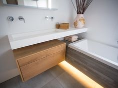 Reduzierte Kleinmöbel - New ideas Architecture Bathroom, House, Main Bathroom, Bathroom Makeover, New Homes, Small Bathroom, Home Interior Design, Bathroom Design, Bathroom Decor