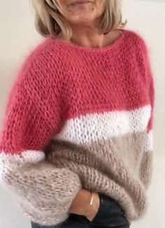 Women& Shrug Cape Shoulder Warmer Mini Poncho Hand Knit Sweater Many Colors available Hand Knitted Sweaters, Mohair Sweater, Sweater Knitting Patterns, Knitting Designs, Hand Knitting, Big Sweater, Women's Sweaters, Knitwear Fashion, Knit Fashion