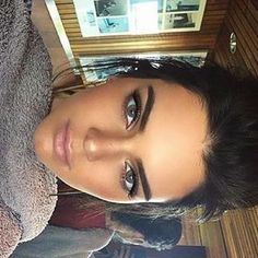 Pin for Later: Coloured Contact Lenses Are the Celeb Beauty Trend You Never Knew You Wanted to Try Kendall Jenner