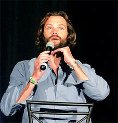 Jared - RUBBING HIS CHEST DRIVES ME CRAZY!! :-o