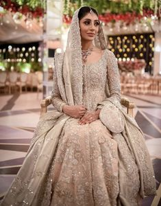 Highlights from Shanzay & Tayubs reception Shanzay & Tayub / Reception Asian Bridal Dresses, Asian Wedding Dress, Pakistani Wedding Outfits, Indian Bridal Outfits, Indian Gowns Dresses, Indian Bridal Lehenga, Indian Bridal Fashion, Wedding Dresses For Girls, Pakistani Wedding Dresses