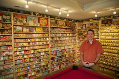 Oregon collector amasses the largest Crayola collection in the country