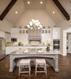 """243 Likes, 4 Comments - Grace R (@lovefordesigns) on Instagram: """"Spectacular kitchen of  @highlandhomes #elegant #house #interior #lighting #cozy #decor #decoracao…"""""""