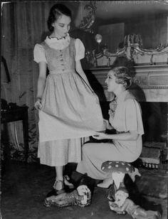 Mary Pickford and Lillian Gish