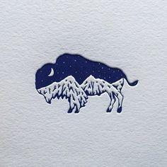 bison + mountain logo design 山脈とバッファロー。 コントラストで魅せる。 活版の質感が効いている。