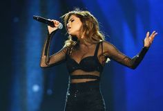 Selena Gomez Becomes the First Person to Reach 100 Million Instagram Followers