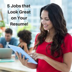 5 Resume-Building Jobs for New Grads!