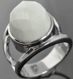 Sterling Silver Facet Cut White Agate Solitaire Split Shank Cocktail Ring 8.25
