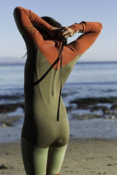 Pro longboarder Kassia Meador's fifth wetsuit collection for Roxy arrives. Beach Girls, Beach Bum, Beach Volleyball, Mountain Biking, Diving Wetsuits, Roxy Surf, Suits Season, Surf Wear, Leotards
