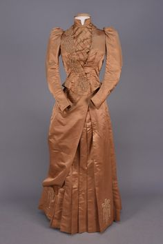 BEADED SILK BUSTLE DRESS, 1885-1889. - whitakerauction
