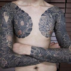 50 Japanese Chest Tattoos For Men - Masculine Design Ideas Asian Tattoos, Leg Tattoos, Sleeve Tattoos, Tattoos For Guys, Cool Tattoos, Tatoos, Japanese Leg Tattoo, Japanese Legs, Japanese Sleeve