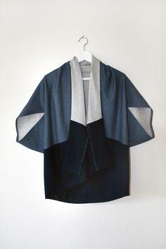overall outfit casual Moda Kimono, Kimono Shirt, Kimono Cardigan, Kimono Jacket, Fashion Details, Look Fashion, Womens Fashion, Fashion Design, Mode Batik