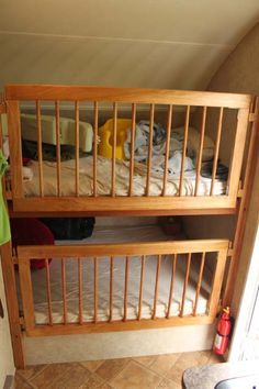 Trailer camping with baby bunk bed new ideas Bunk Bed Crib, Baby Bunk Beds, Camper Bunk Beds, Caravan Bunks, Kid Beds, Baby Cribs, Rv Camping Checklist, Camping Car, Camping Ideas