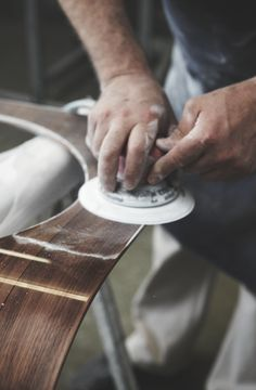A phase of The Sonus faber's polishing process